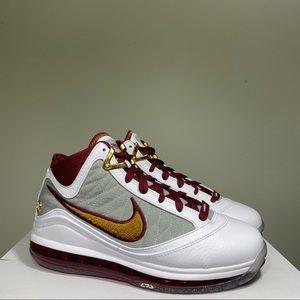 Nike LeBron 7 VII QS MVP Men's Size 6 Women's 7.5